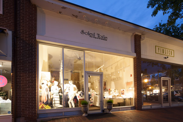 Soleil Toile New Canaan